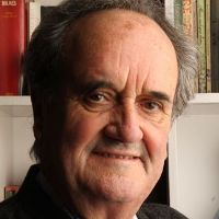 sir mark tully