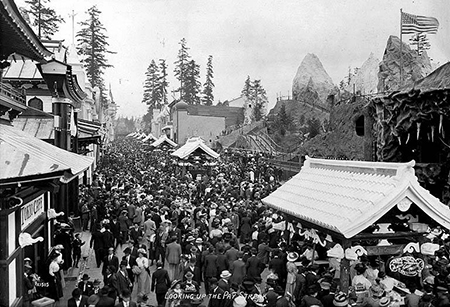 The amusement strip at the 1909 Alaska-Yukon-Pacific Exposition in Seattle-1w