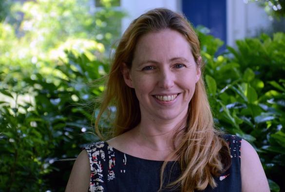 Professor Caroline Rowland