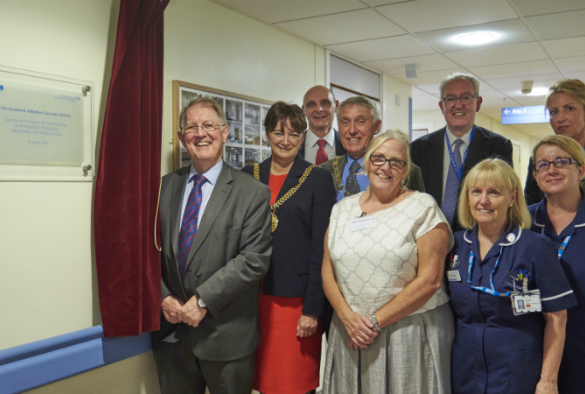 The Academic Palliative Care Unit was officially opened by Chief Inspector of Hospitals at the Care Quality Commission, Professor Sir Mike Richards, along with The Right Worshipful, The Mayor of Liverpool, Councillor Roz Gladden.