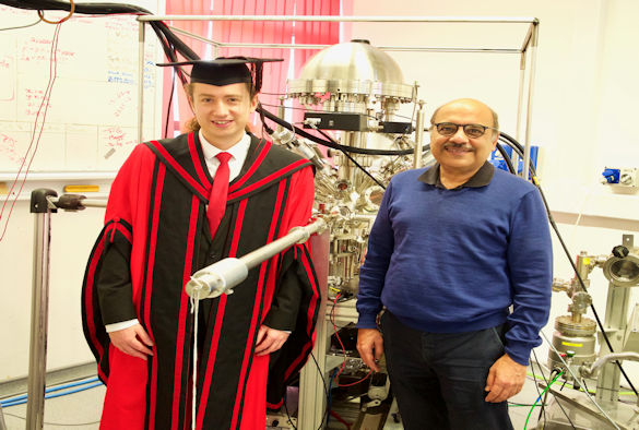 Thomas Whittles and his supervisor, Dr Vin Dhanak