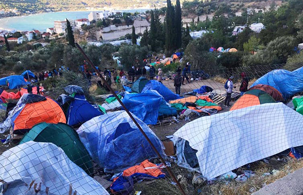 Samos: grim winter leads to protests by refugees living in